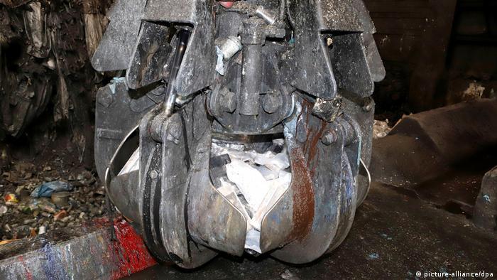 4,5 Tonnen Kokain auf Containerschiff in Hamburg entdeckt (picture-alliance/dpa)