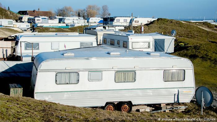 Campingplatz mit Caravanen auf der Insel Norderney