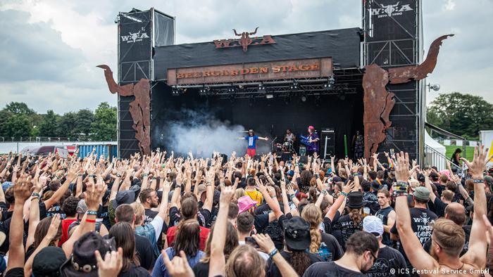 Bild aus einer anderen Zeit: Das Wacken-Festival 2019