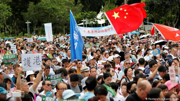 Hongkong Pro-Regierungsproteste (Reuters/Kim Kyung-Hoon)