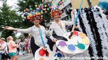 Deutschland l CSD Christopher Street Day Parade in Hamburg