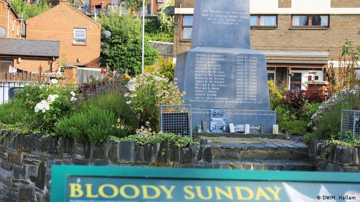 Derry, Londonderry, 02.08.2019: A memorial to the victims of the Bloody Sunday or the Bogside Massacre in 1972. (DW/M. Hallam )