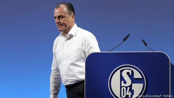 Fussball Schalke l Kritik an Aufsichtsratschef Clemens Tönnies wächst (picture-alliance/dpa/T. Rehbein)