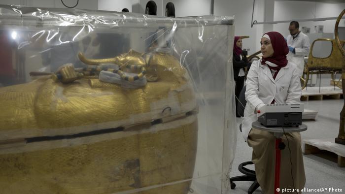 Ägypten Archäologie l Sarkophag von König Tutanchamun