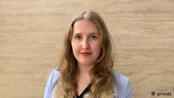 Carla Bleiker
