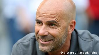 Trainer Peter Bosz (picture-alliance/R. Ibing)