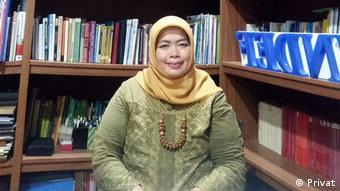 Indonesa Enny Sri Hartati (Privat)