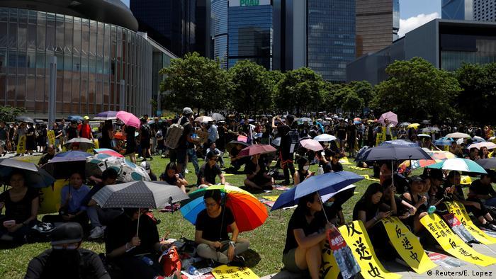 Hongkong Proteste gegen China - Generalstreik (Reuters/E. Lopez)
