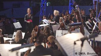 Oksana Lyniv beim Eröffnungskonzert in Brody