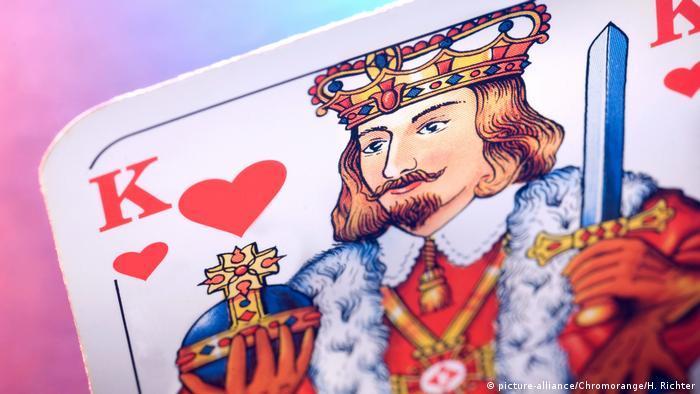 Carta de baralho representando o rei