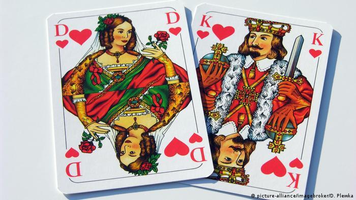 Kartenspiel, Dame und König (picture-alliance/imagebroker/D. Plewka)