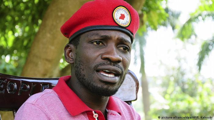 Uganda Kampala | Robert Kyagulanyi bekannt als Bobi Wine wegen Verhöhnung des Präsidenten angeklagt