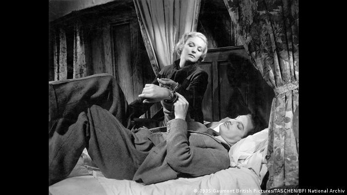 Still from The 39 Steps with Pamela (Madeleine Carroll) and Richard Hannay (Robert Donat) (1935 Gaumont British Pictures/TASCHEN/BFI National Archiv)