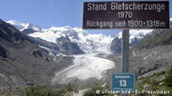 Morteratschgletscher in der Schweiz (Foto: ullstein bild - Ex Press/Adair)