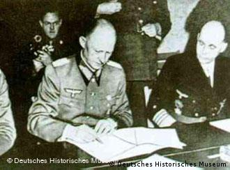 Assinatura da capitulação alemã em Berlim