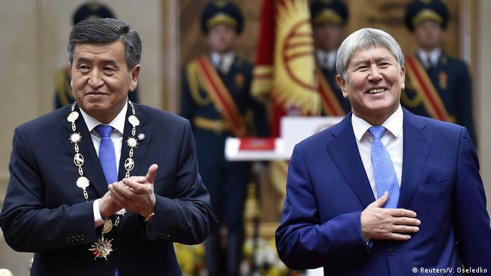 Kırgızistan'ın Cumhurbaşkanı Soronbay Cenbekov ve selefi Almazbek Atambayev