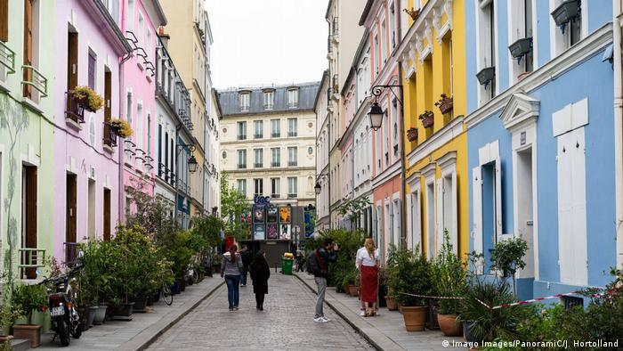 Frankreich Rue Crémieux in Paris (Imago Images/PanoramiC/J. Hortolland)