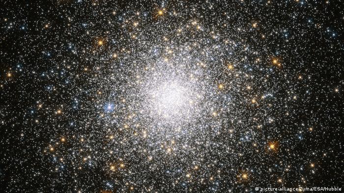 Hubble telescope photo of a collection of stars (Credit Image: © ESA/Hubble/ZUMA Wire/ZUMAPRESS.com)