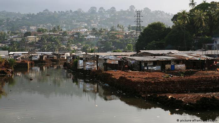 Freetown, capital da Serra Leoa (imagem de arquivo)