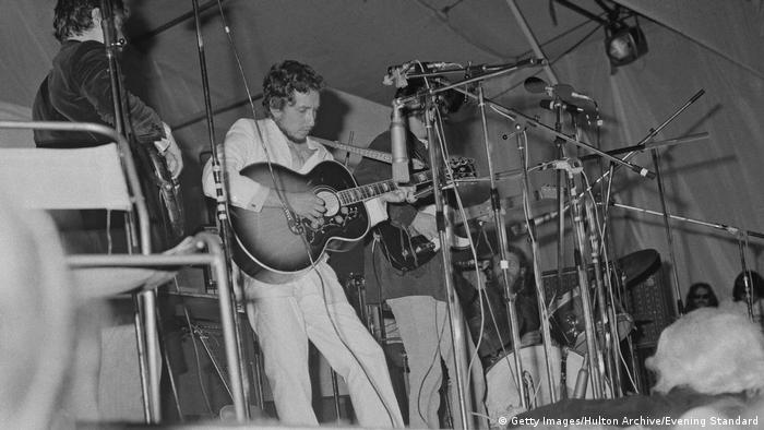 Bob Dylan mit The Band beim Isle of Wight Festival 1969