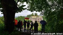 Politiker-Sommerreisen in Deutschland - Thüringens Kulturminister auf Sommertour