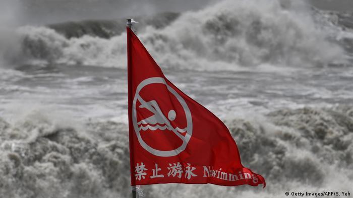 Taiwan Taifun Lekima in Suao
