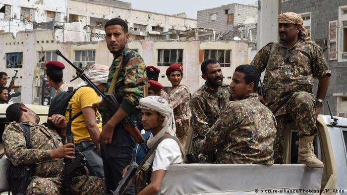 Jemen Aden Soldaten des Southern Transitional Council (STC)