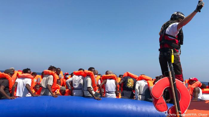 Ocean Viking rettet weitere 80 Migranten (Getty Images/AFP/A. Chaon)