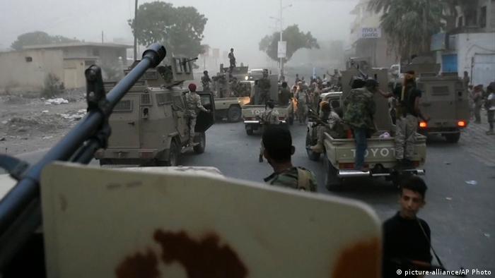 Jemen Separatisten aus dem Südjemen erobern Pr?sidentenpalast in Aden (picture-alliance/AP Photo)