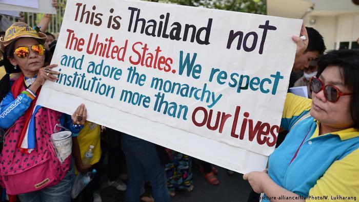 Thailand 2015 | Protest gegen US-Botschafter Glyn Davies vor der Botschaft in Bangkok