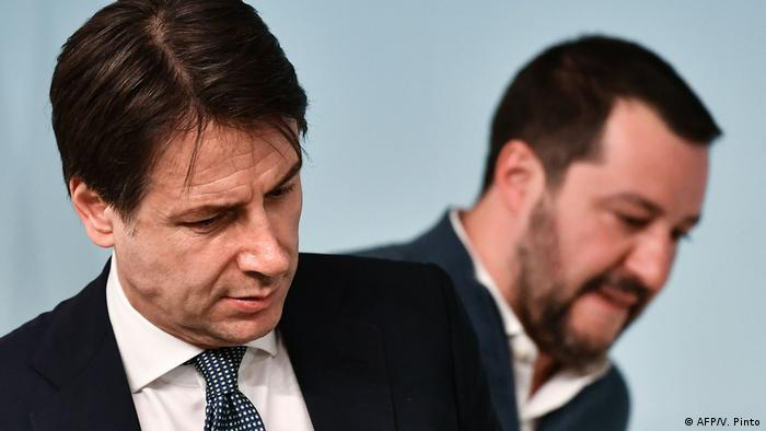 Conte, left, and Salvini, right (AFP/V. Pinto)