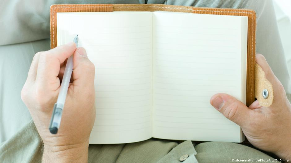 Left-handed life in Germany: Little things can be a big problem