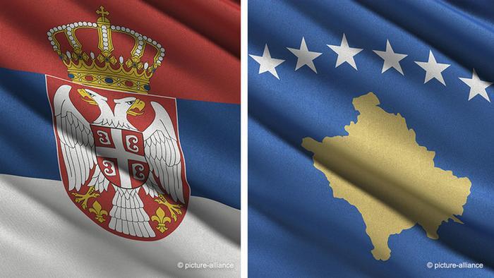 Bilkombo Fahnen Kosovo und Serbien