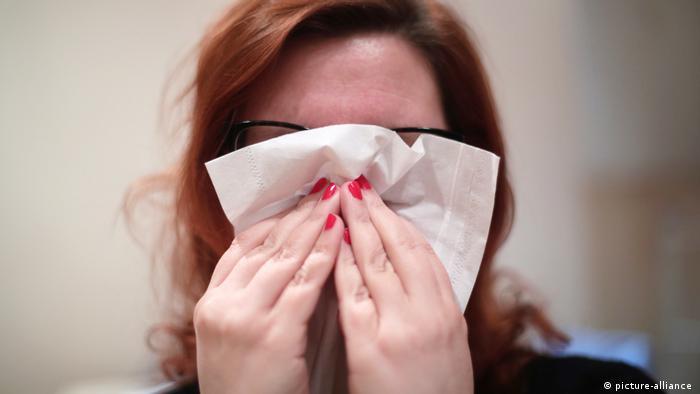 Застуди - це здебільшого вірусні захворювання, проти яких антибіотики не допомагають