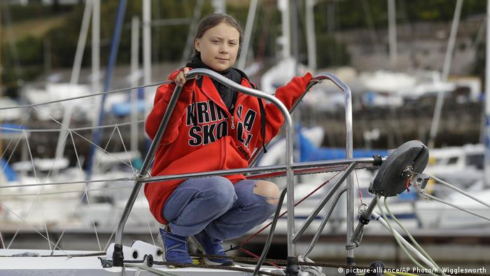 Profisegler bringen Greta Thunberg nach Amerika (picture-alliance/AP Photo/K. Wigglesworth)
