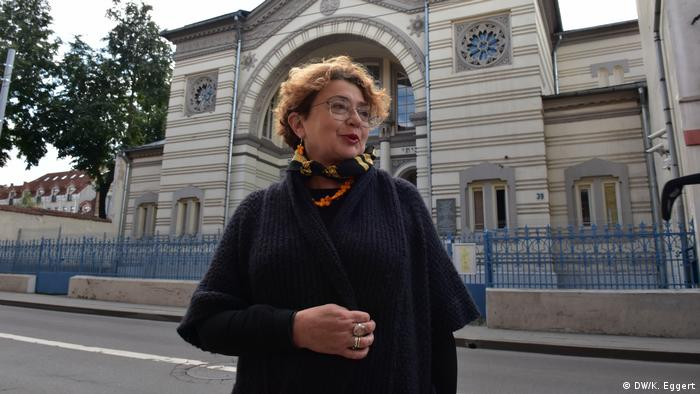 Faina Kukliansky, head of the Jewish Community of Vilnius, in front of Vilnius' main synagogue