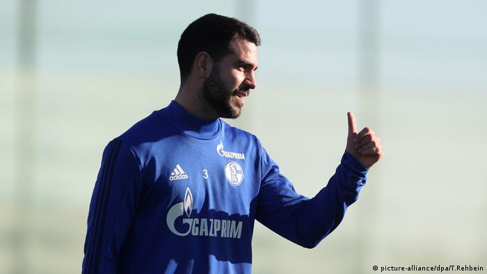 Schalke 04 / Pablo Insúa (España).
