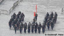 China, Shenzhen: Peking droht Hongkong mit Gewalteingriff
