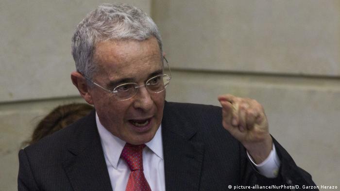 Kolumbien Bogota | Alvaro Uribe Velez, ehemaliger Präsident