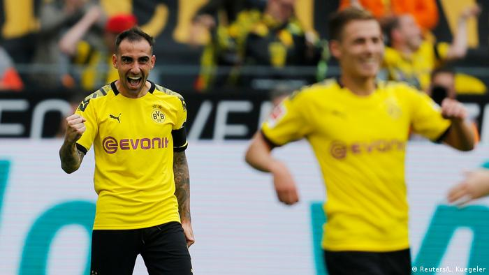 Bundesliga Bulletin: Borussia Dortmund get early edge on Bayern Munich