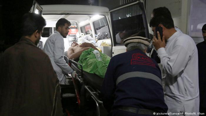 Afghanistan Tote nach Explosion bei Hochzeitsfeier in Kabul (picture-alliance/AP Photo/N. Khan)