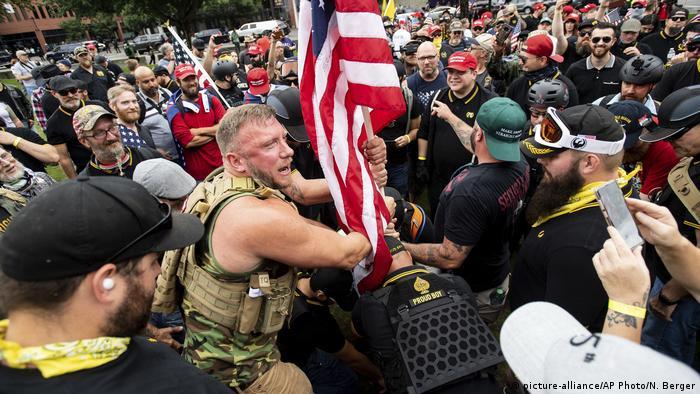 USA Portland Demonstration von Rechtsradikalen