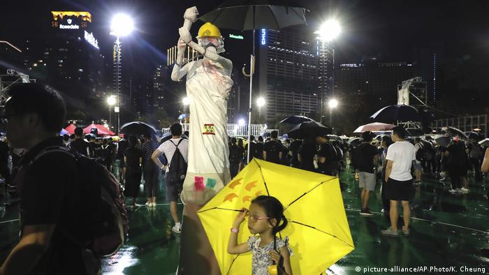 Hongkong Protest gegen China & Auslieferungsgesetz (picture-alliance/AP Photo/K. Cheung)