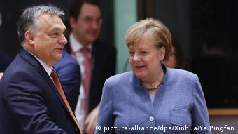 Brüssel Angela Merkel und Viktor Orban (picture-alliance/dpa/Xinhua/Ye Pingfan)
