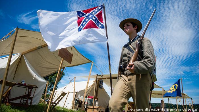 Nachstellung der Schlacht von Gettysburg (picture-alliance/AP/The Evening Sun/S. Dunlap)