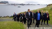 Bundeskanzlerin Merkel in Island (picture-alliance/E. Bjarnason)
