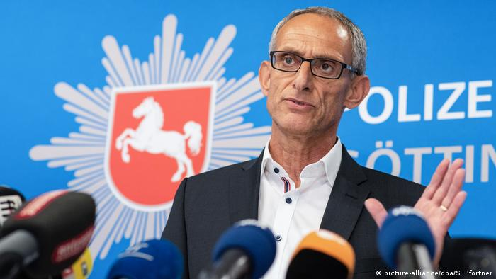 Director of Criminal Investigation Mathias Schroweg speaks at a joint press conference of the Göttingen Police Department and the Göttingen Public Prosecutor's Office