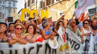 Italien M5S-Protest (DW/E. Schumacher)