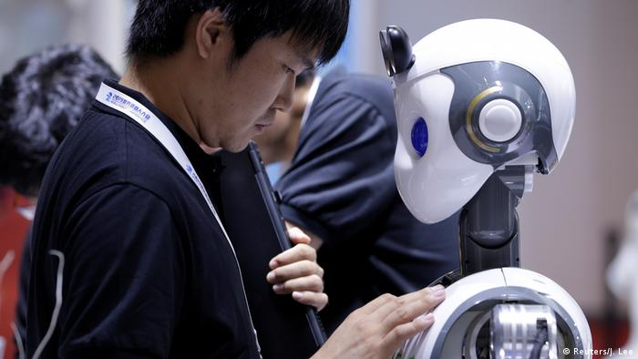 China | World Robot Conference 2019 in Peking (Reuters/J. Lee)sIN
