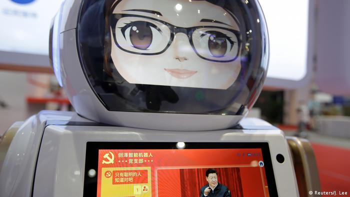 China | World Robot Conference 2019 in Peking (Reuters/J. Lee)